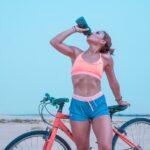 drik vand på cykelturen